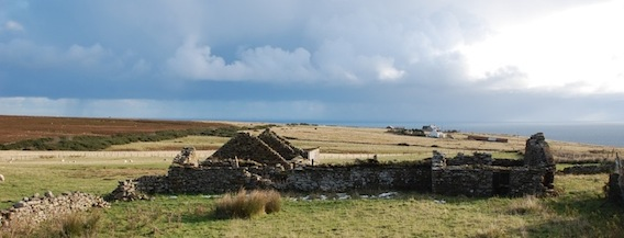 The ruins of the Henderson farm at Rhian, Caithness