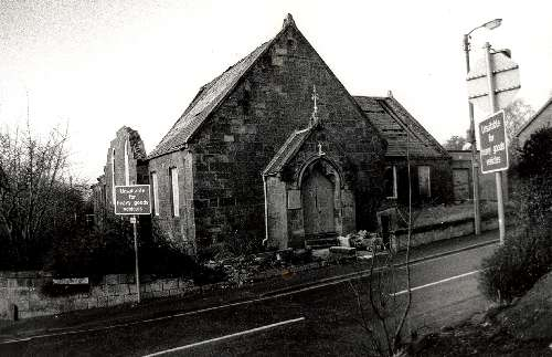 Busby Free Church.jpg